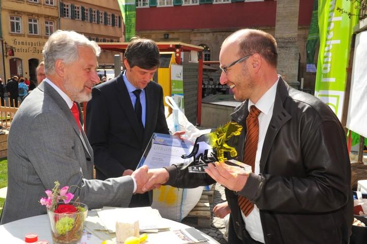 Nürtingens Oberbürgermeister gratuliert zur LEA
