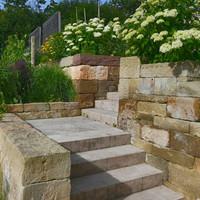 Gestaltung mit stein
